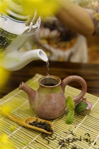 Nghệ thuật thưởng trà Việt