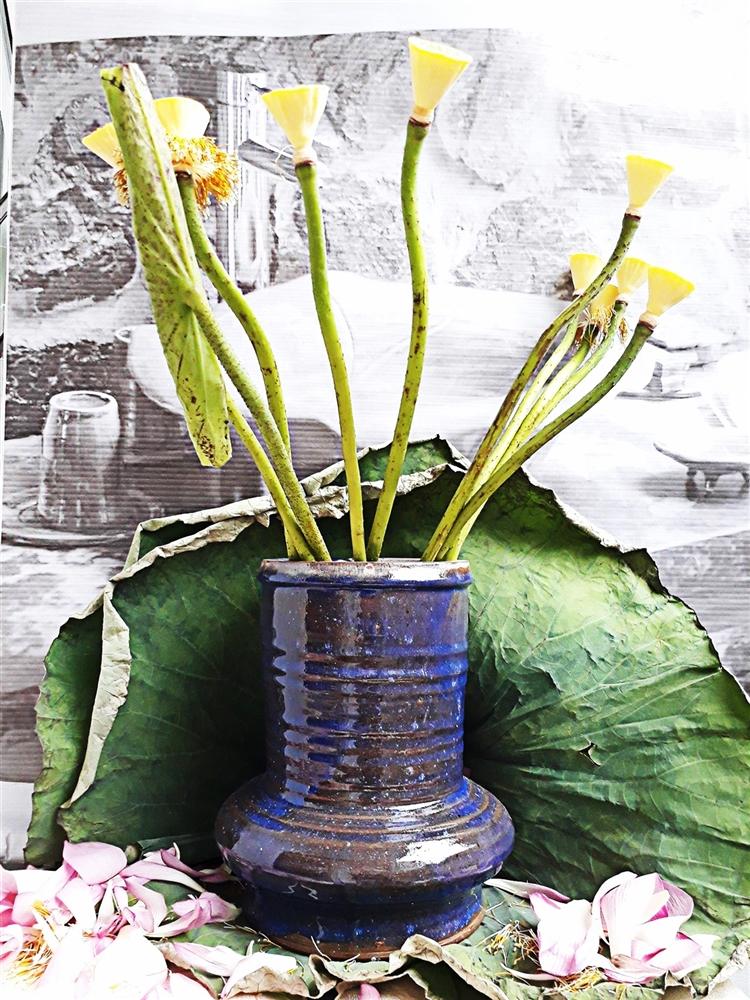 Bình cắm hoa men xanh tím pha nâu